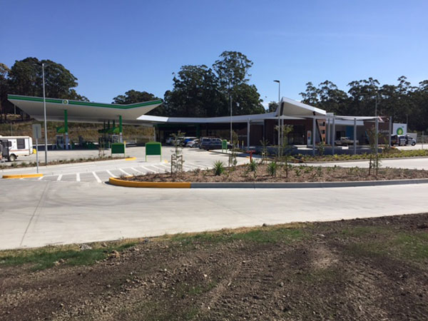 Front view Nambucca Heads Highway Service Centre