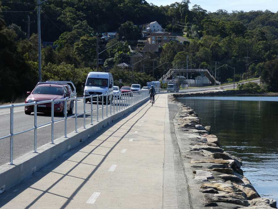 Pedestrian safety barrier along Brisbane Water Drive, Tascott - Photo courtesy of Jock Kelso