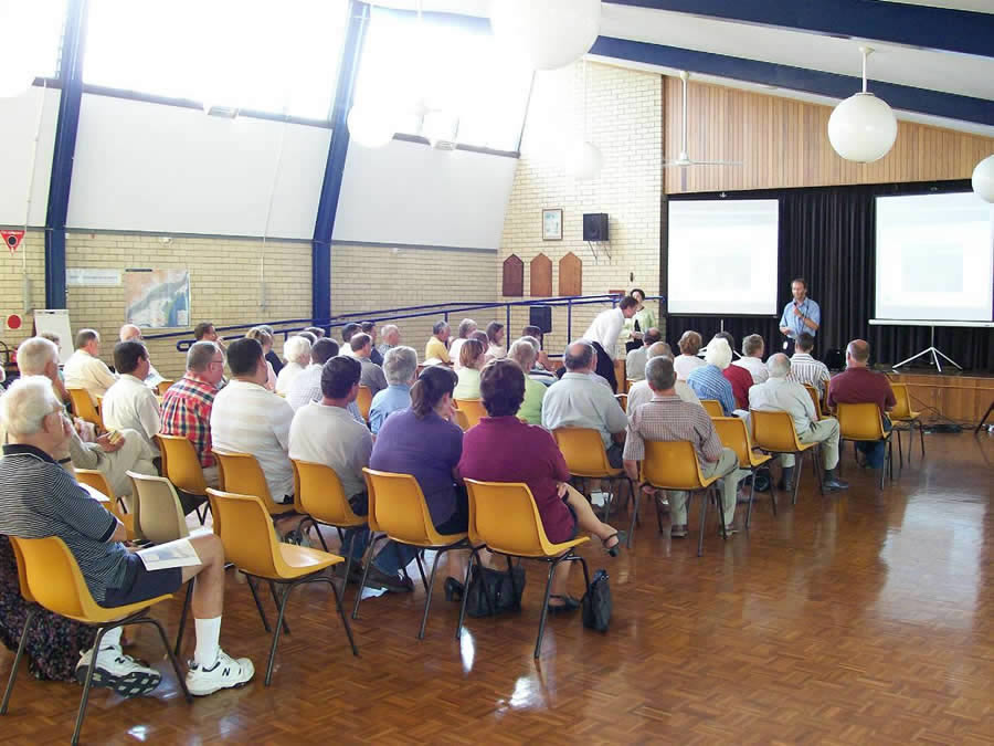 Approx 40 people in a hall at the Bomaderry community information session