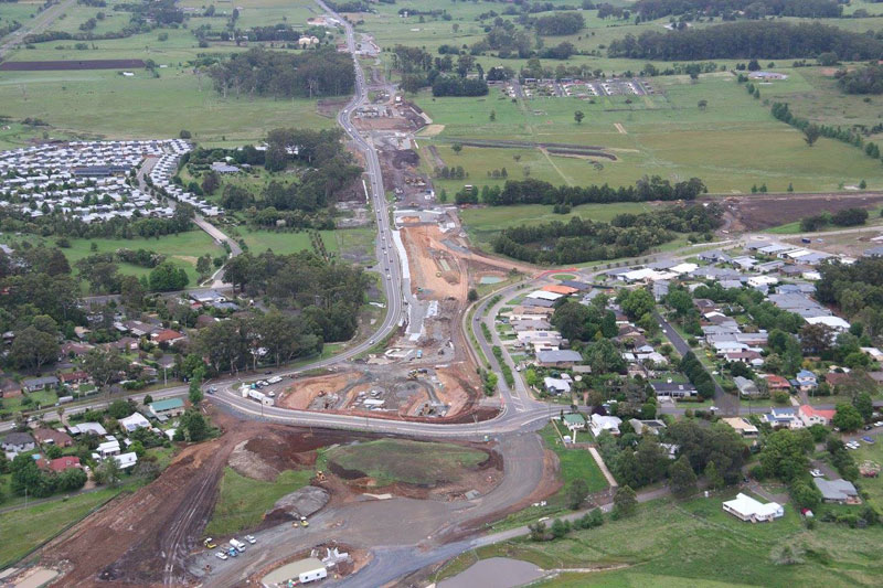 Looking south at the new highway being built near Kangaroo Valley Road - October 2015