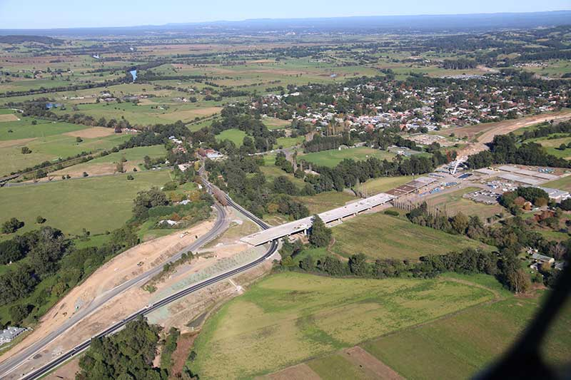 Looking south west at  the bridge at Berry being built and northbound on ramp to Berry that is being used temporarily as the highway - May 2016