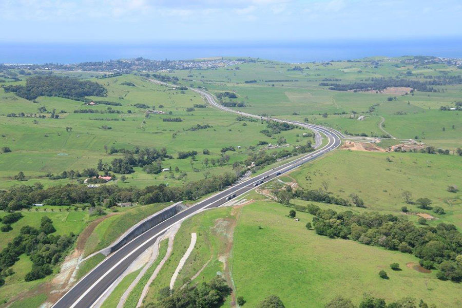 View of the new highway lanes looking north towards Gerringong - February 2017