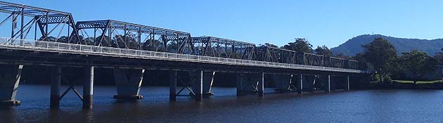 Nowra Bridge over the Shoalhaven River