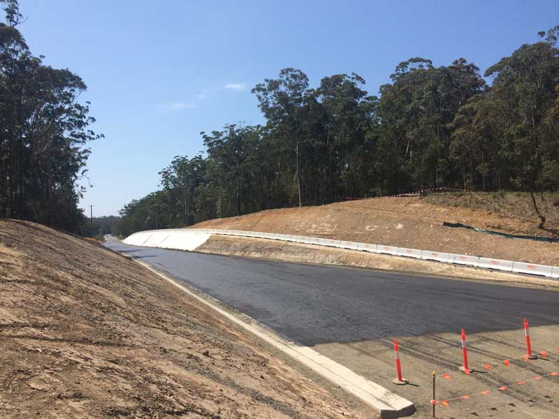 New northern section of the Princes Highway nearing completion (Oct 2015)