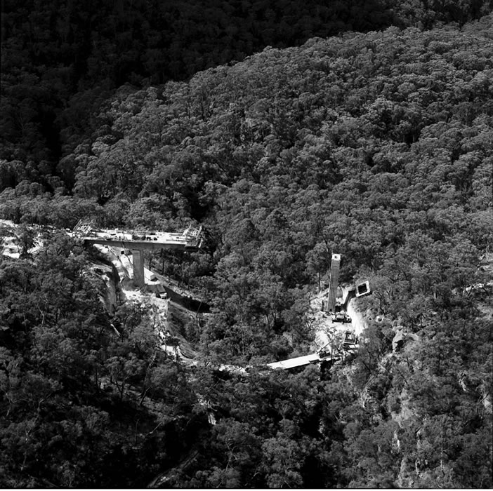 Aerial photograph of Mittagong Bypass construction [Jan 1990]