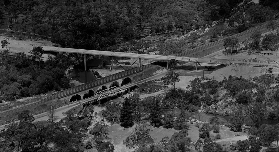 Construction of a new bridge over the Bargo River and Rail Line at Bargo [Dec 1966]