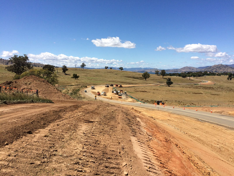 Earthworks underway on the Riverina Highway between Sandy Creek and Lake Hume Village.