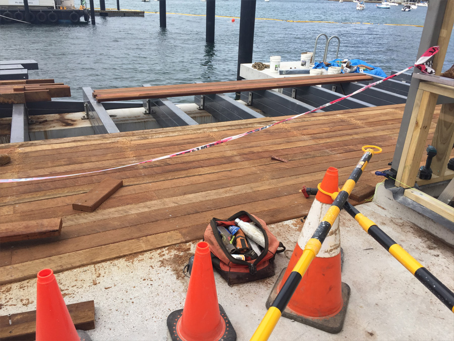 The deck on main structure