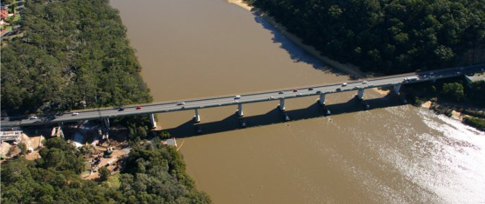 Aerial view of the old Alfords Point Bridge (before duplication) as it crosses the Georges River.