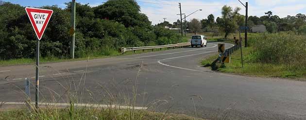 rms nsw road users handbook
