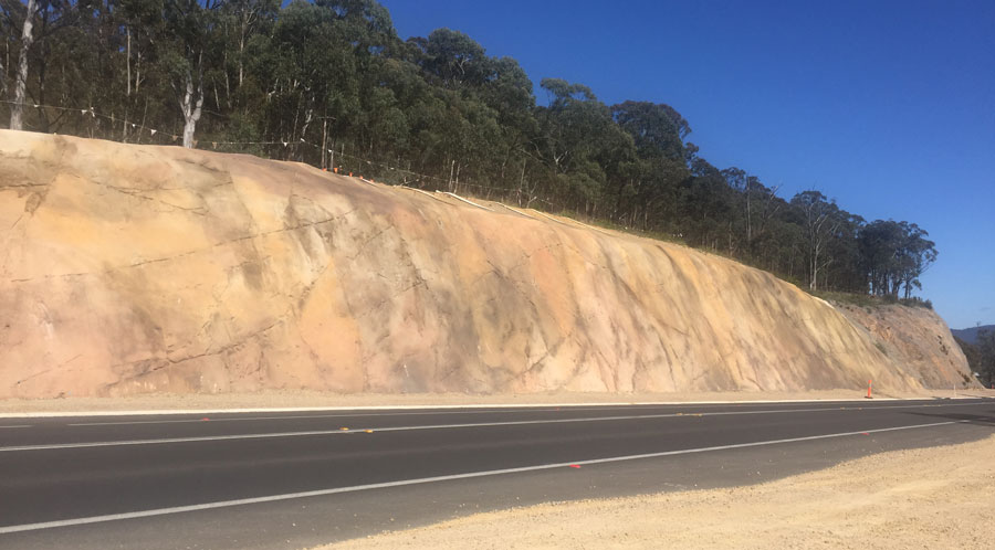 Forty Bends - Hartley Valley rock cutting