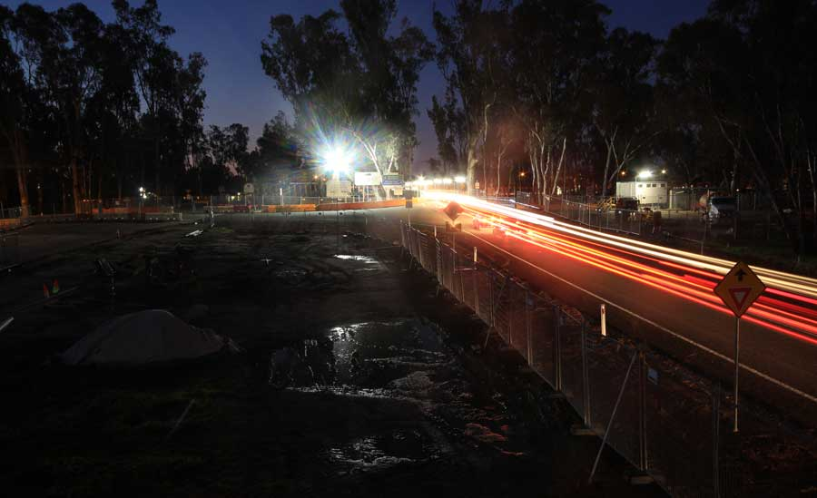 Barham Koondrook Bridge, Koondrook side at night