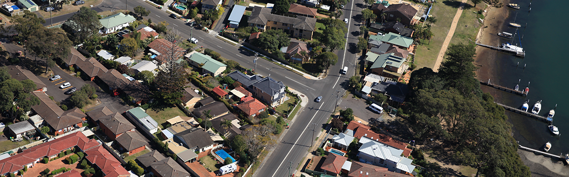 aerial shot of Blackwall Road and Memorial Avenue intersection