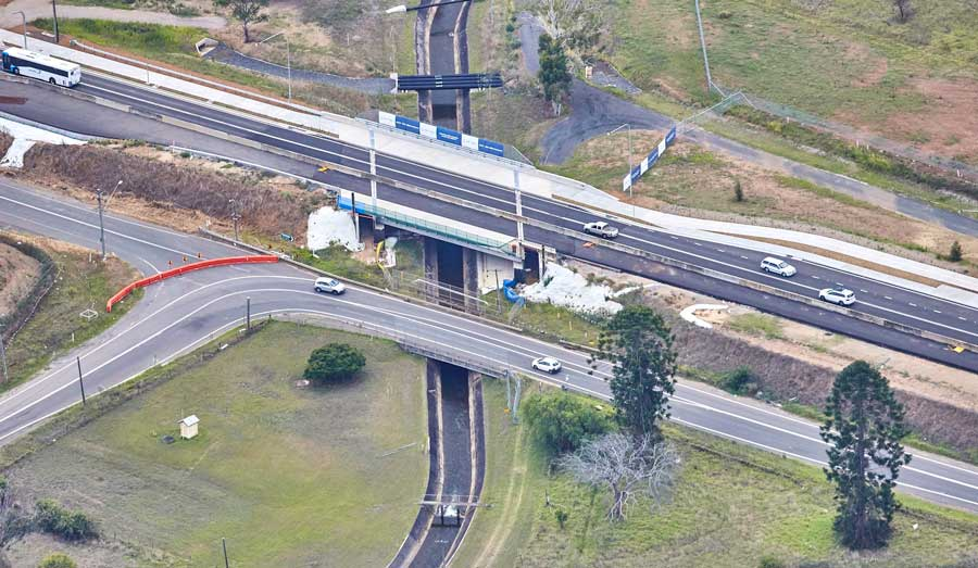 New bridge over Upper Canal on Bringelly Road Stage 1 (Feb 2017)
