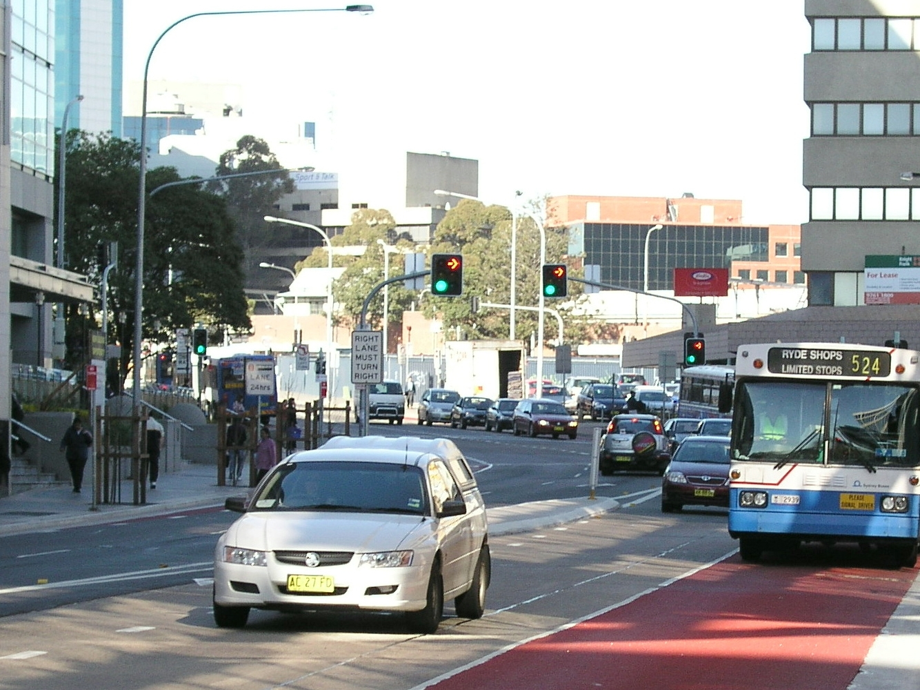 Bus lane in Smith Street, Parramatta