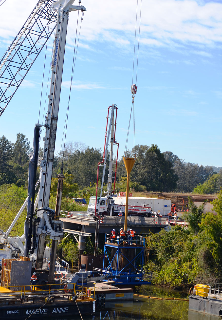Pouring concrete for the first marine pile (August 2017)