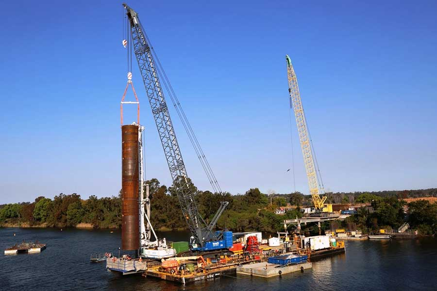 Marine piling in the Clarence River (September 2017)