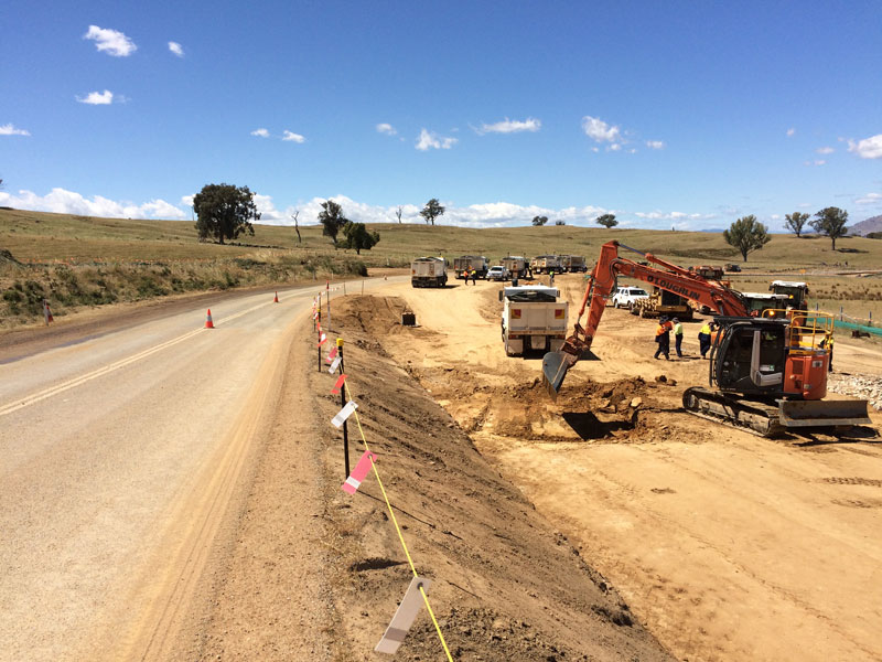 Construction earthworks on stage one work between Sandy Creek and Lake Hume Village