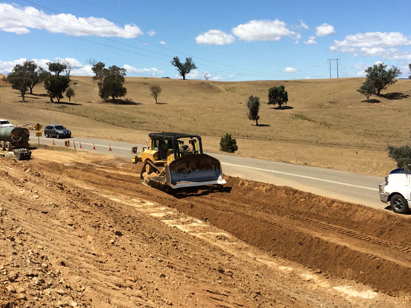 Road earthworks during stage one work between Sandy Creek and Lake Hume Village