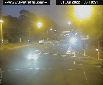 Webcam at Epping Road at Balaclava Road Macquarie Park