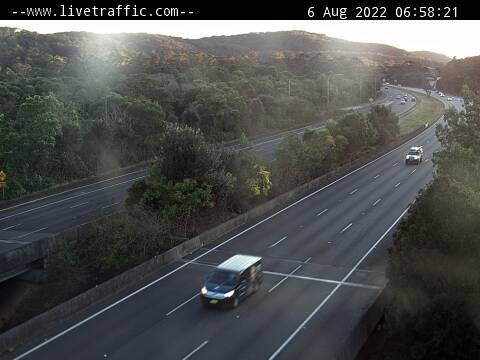Webcam at F3 Freeway at Ourimbah on ramp Ourimbah