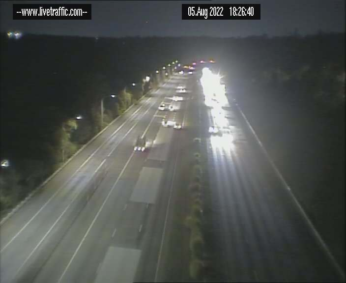 Webcam at F3 Freeway at the Windy Banks on ramp Berowra