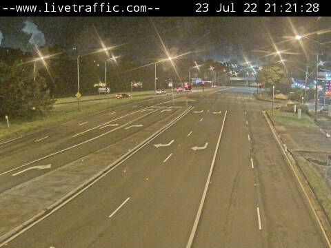 Webcam at Five Islands Road at Springhill Road Looking south-east towards Warilla. Port Kembla