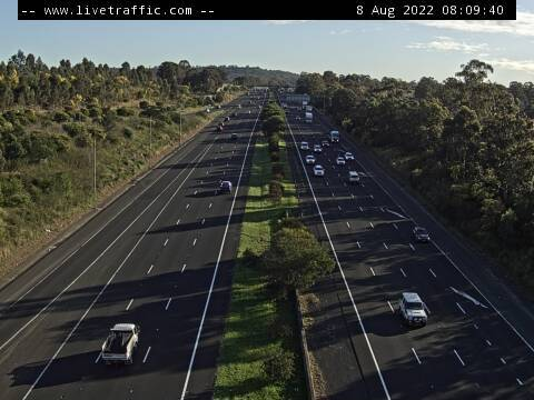 Webcam at Hume Highway and Raby Road St Andrews