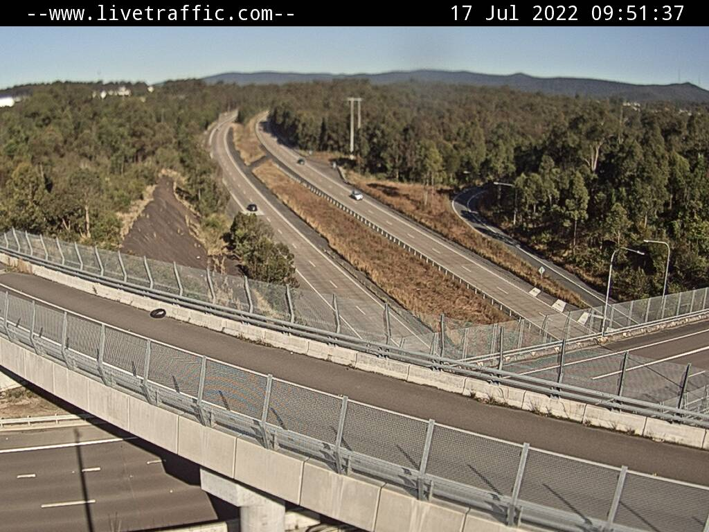 Newcastle Interchange (Hunter Expressway / Newcastle Link Road) looking South along the M1 towards Sydney