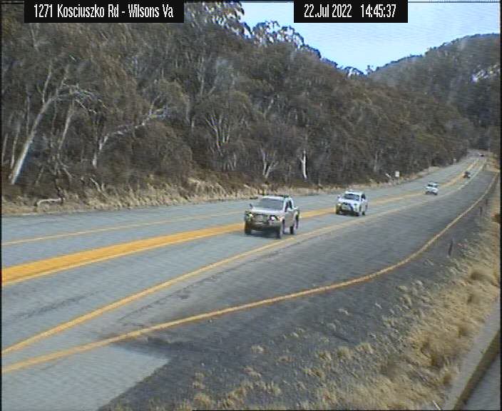 Webcam at M1 Pacific Motorway at Sparks Road Halloran