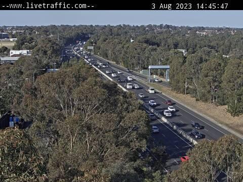 Webcam at M5 Motorway at Henry Lawson Drive Milperra
