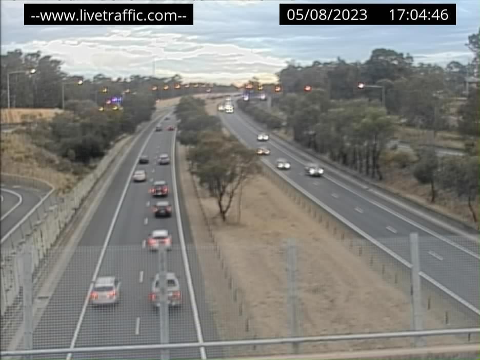 Webcam at M7 Motorway at The Horsley Drive Horsley Park