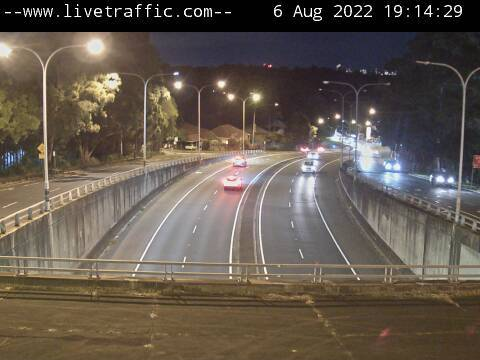 Webcam at Pacific Highway at Ryde Road Pymble