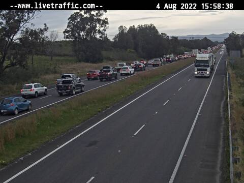 Webcam at Pacific Highway near Old Punt Road Tomago