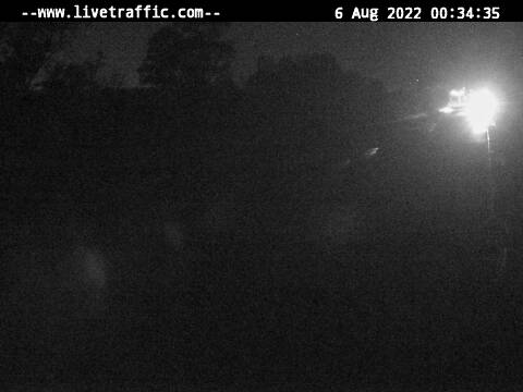 This camera is on the A1 Pacific Highway at Tomago looking southbound towards the Hexham Bridge