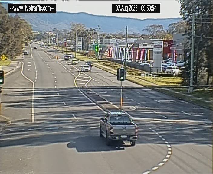 Princes Highway at Airport Road