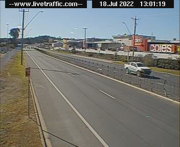 Webcam at Princes Highway at Beach Road Batemans Bay